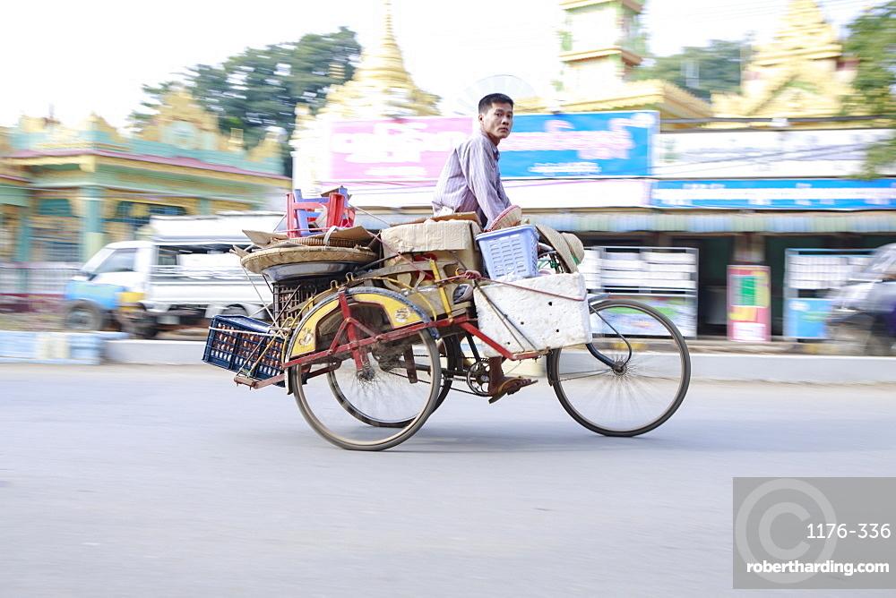 Monywa, Sagaing, Myanmar, Southeast Asia