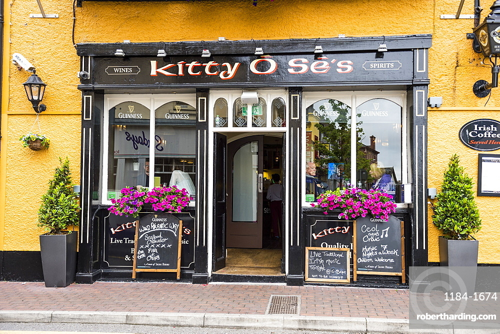 Local pub in Kinsale, County Cork, Munster, Republic of Ireland, Europe