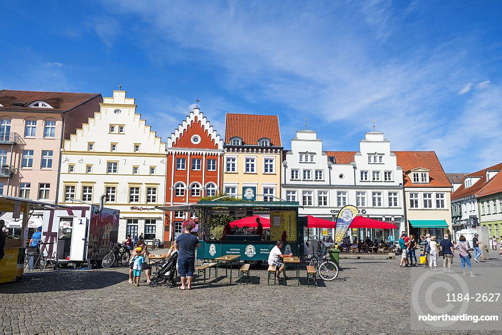 Central market square, Greifswald, Mecklenburg-Vorpommern, Germany, Europe