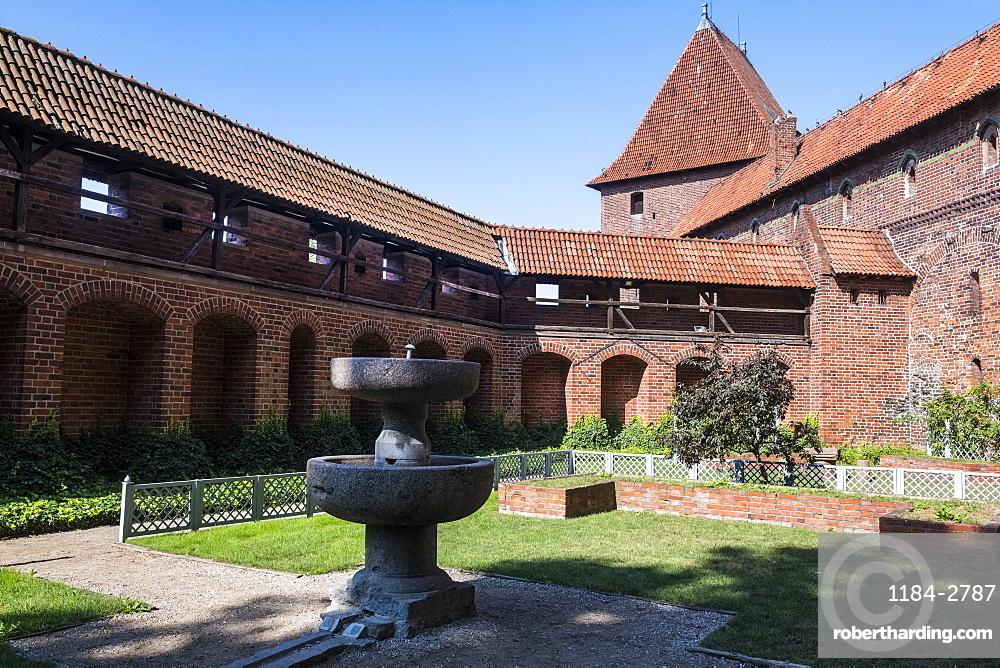 Outer yard, Malbork Castle, UNESCO World Heritage Site, Malbork, Poland, Europe