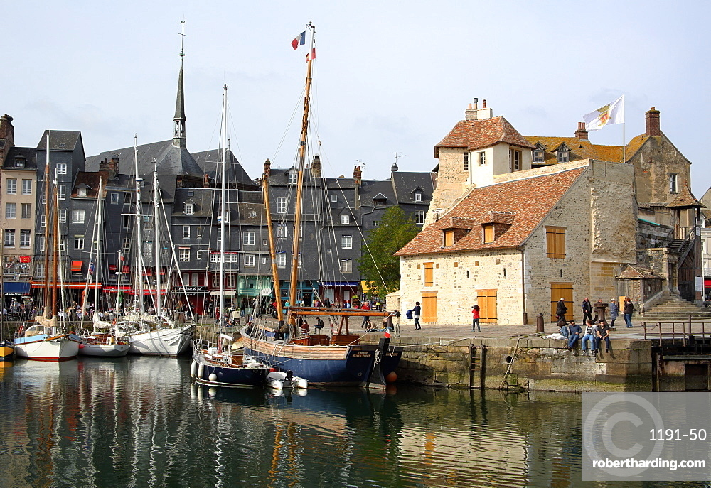 Vieux Bassin with yachts and the Lieutenancy building, Honfleur, Normandy, France, Europe