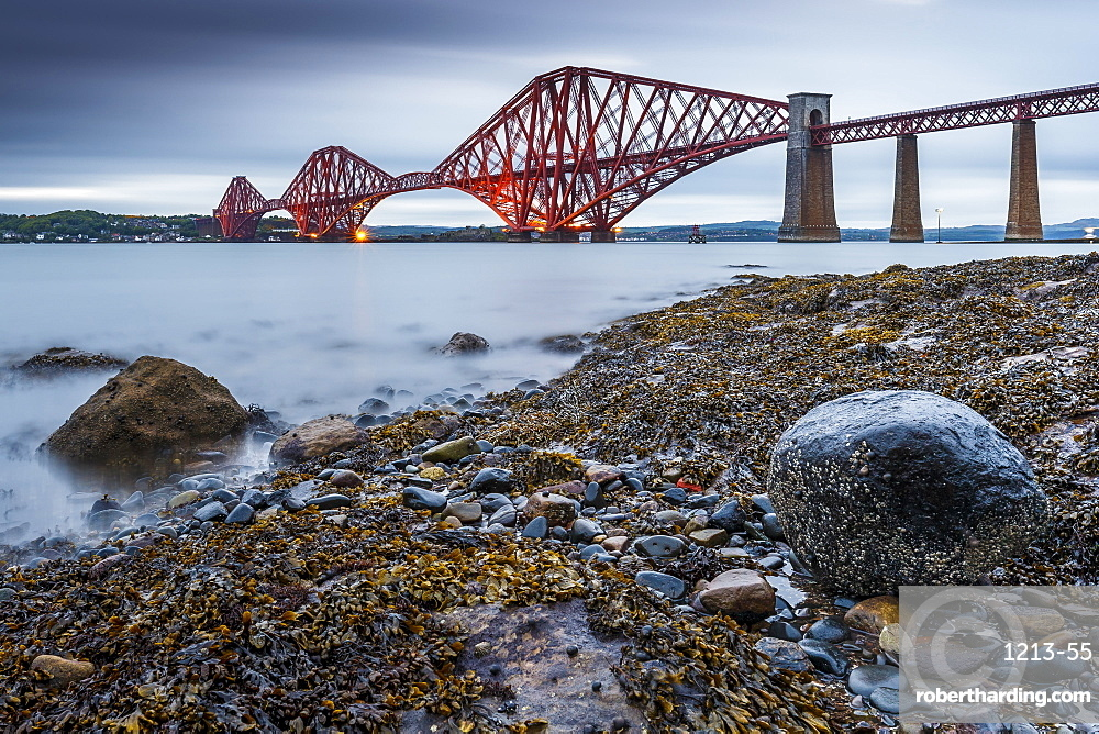 First light over the Forth Rail Bridge, UNESCO World Heritage Site, and the Firth of Forth, South Queensferry, Edinburgh, Lothian, Scotland, United Kingdom, Europe