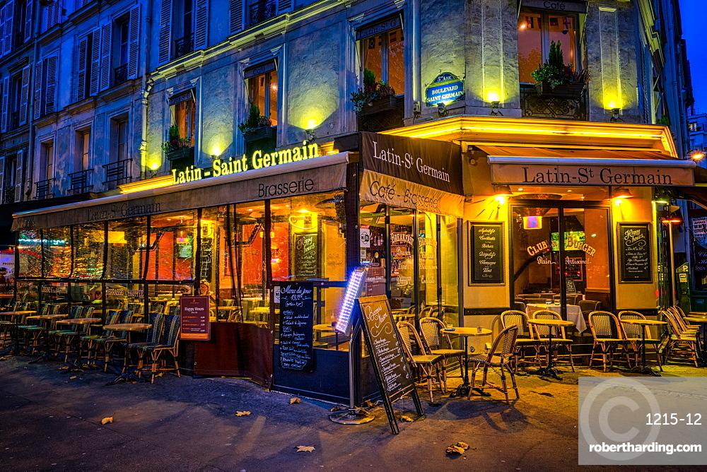 Parisian cafe, Paris, France, Europe
