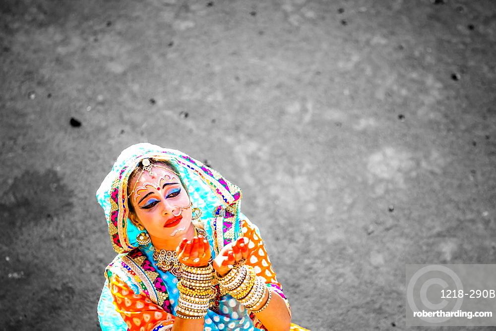 Traditional Radha dance during the Flower Holi Festival, Vrindavan, Uttar Pradesh, India, Asia