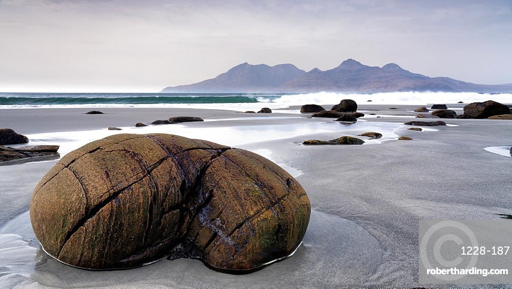 Singing Sands Beach, Cleadale, The Isle of Eigg, Small Isles, Inner Hebrides, Scotland, United Kingdom, Europe