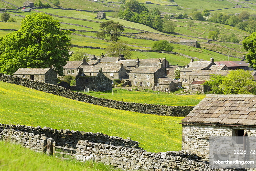 Stone cottages at the remote village of Thwaite in upper Swaledale, The Yorkshire Dales, Yorkshire, England, United Kingdom, Europe