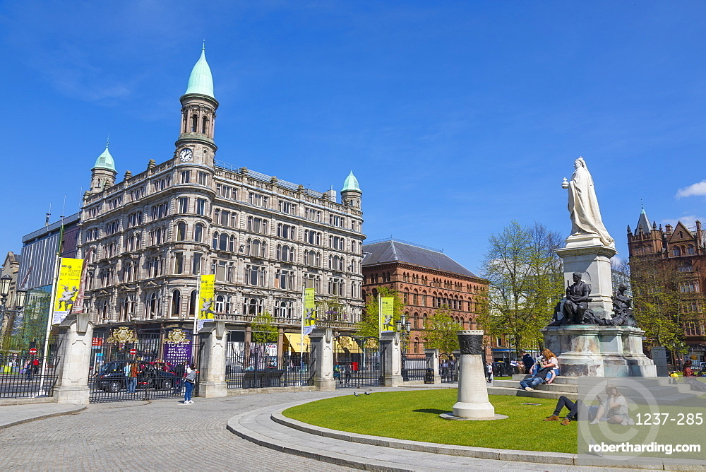 Cleaver Building, Donegall Square, Belfast, Ulster, Northern Ireland, United Kingdom, Europe