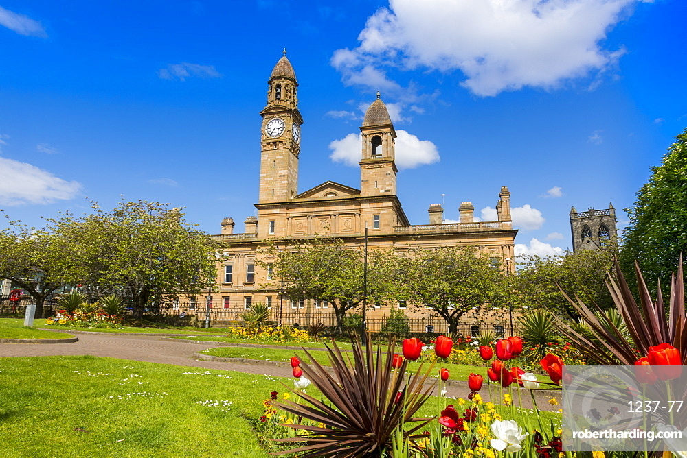 Paisley Town Hall and gardens at Dunn Square, Paisley, Renfrewshire, Scotland, United Kingdom, Europe