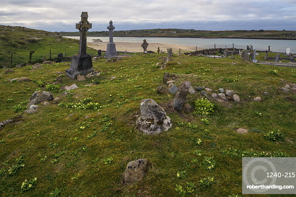 Omey Island Graveyard, Connemara, County Galway, Connacht, Republic of Ireland, Europe