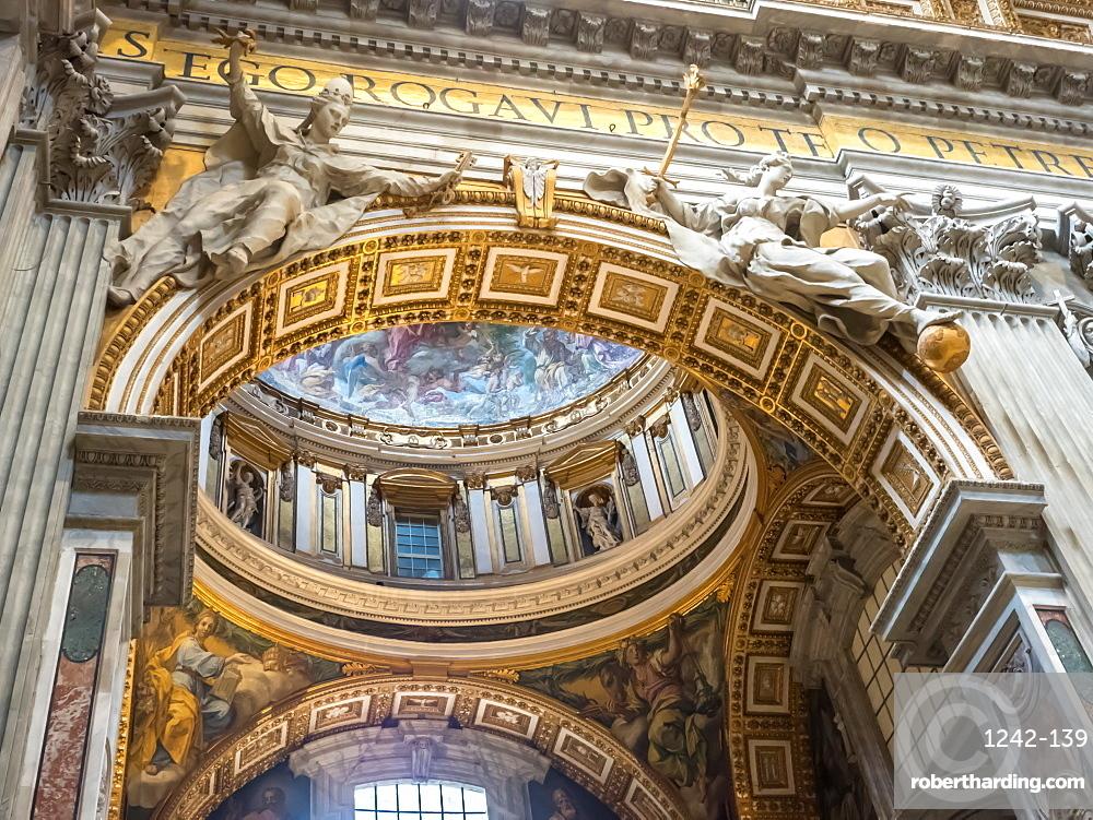 Interior, St. Peter's Basilica, Vatican City, Rome, Lazio, Italy, Europe