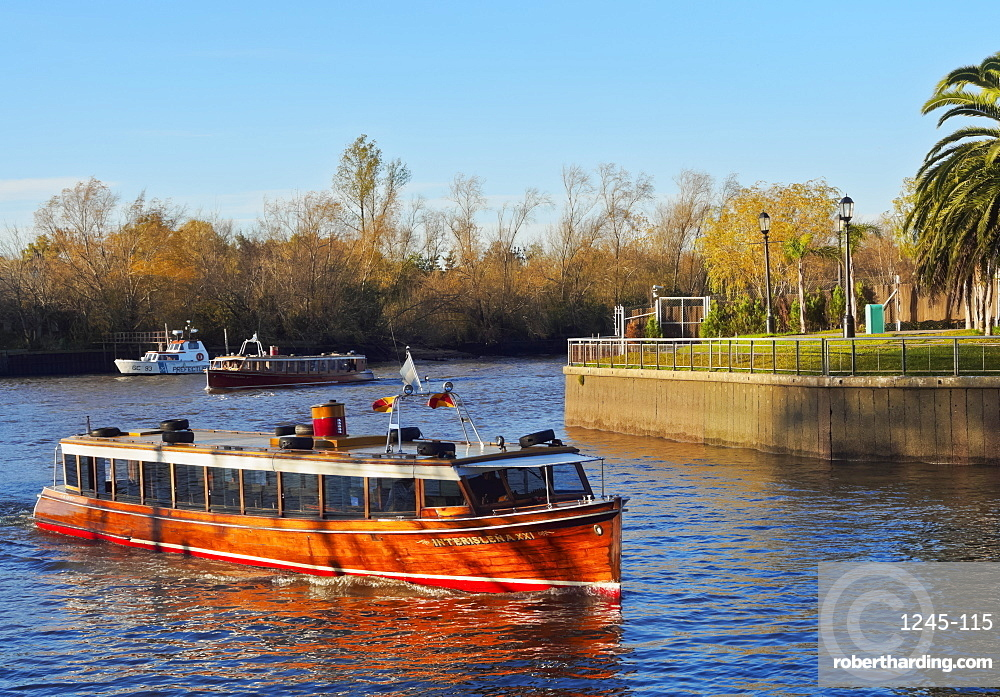 Vintage mahogany motorboat on the Tigre River Canal, Tigre, Buenos Aires Province, Argentina, South America