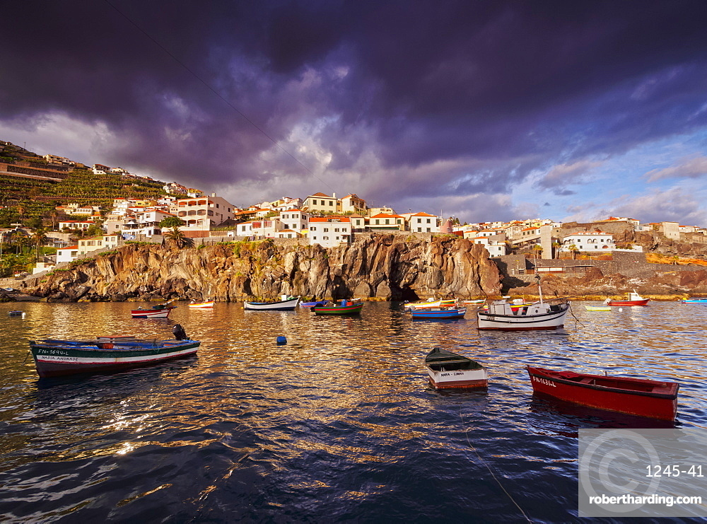 View of the fishing port in Camara de Lobos, Madeira, Portugal, Atlantic, Europe