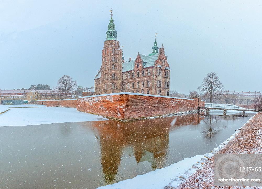 Rosenborg Slot in the snow, Copenhagen, Denmark, Scandinavia, Europe
