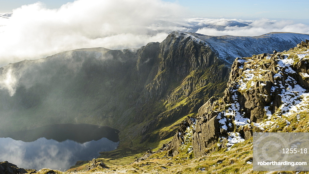 Craig Cau photographed from the peak of Cadair Idris, Snowdonia, during a cloud inversion in winter, Wales, United Kingdom, Europe
