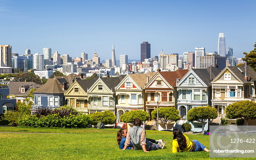 View of Painted Ladies, Victorian wooden houses, Alamo Square, San Francisco, California, United States of America, North America