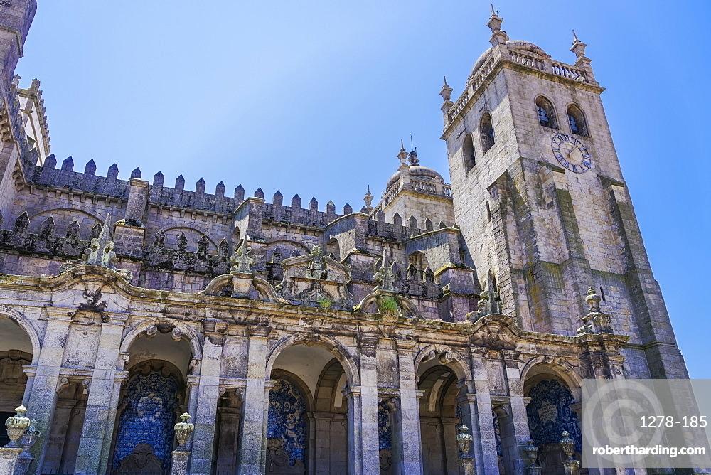 View of the Baroque loggia facade with azulejo blue tiles, Se do Porto (Porto Cathedral), Romanesque cathedral, Porto, Portugal, Europe