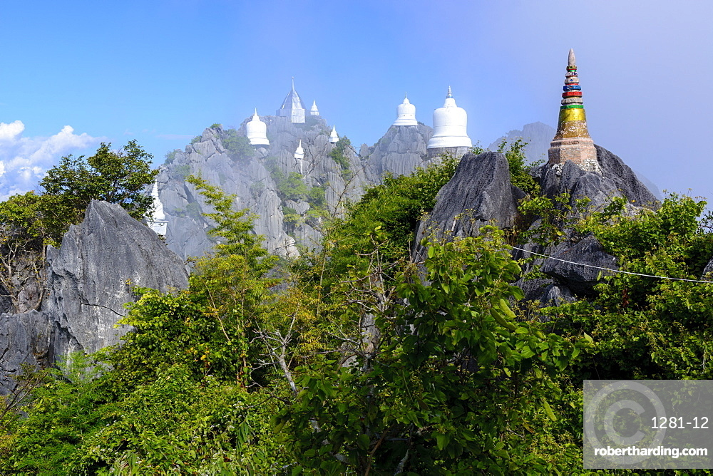 The Floating Pagodas of Wat Chaloem Phra Kiat Phrachomklao Rachanusorn Temple, Lampang, Thailand, Southeast Asia, Asia