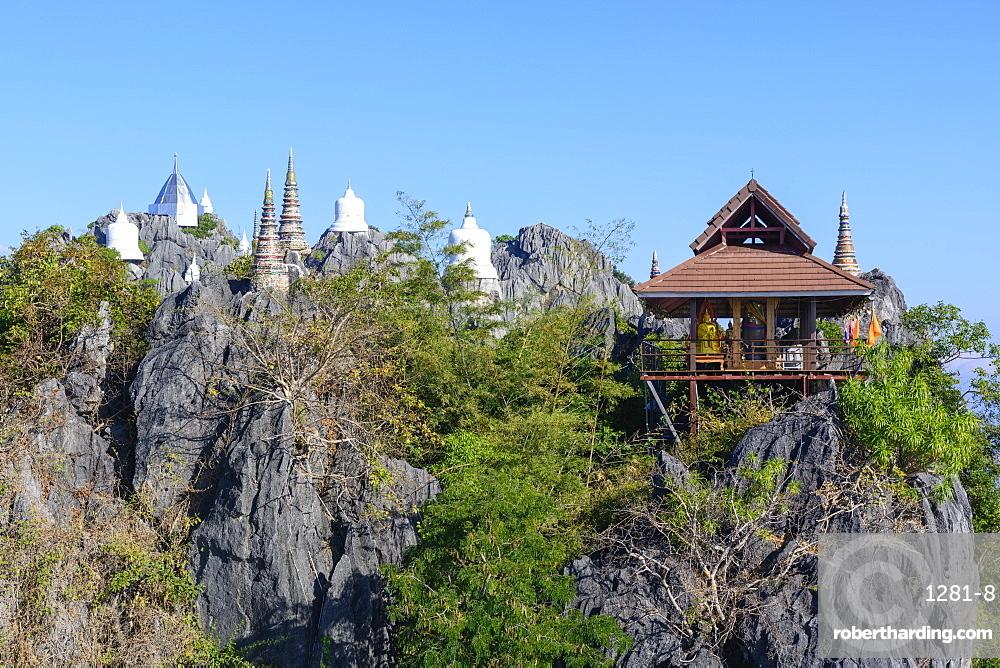 The Floating Pagodas of Wat Chaloem Phra Kiat Phrachomklao Rachanusorn Temple, Lampang, Thailand, Southeast Asia, Asia
