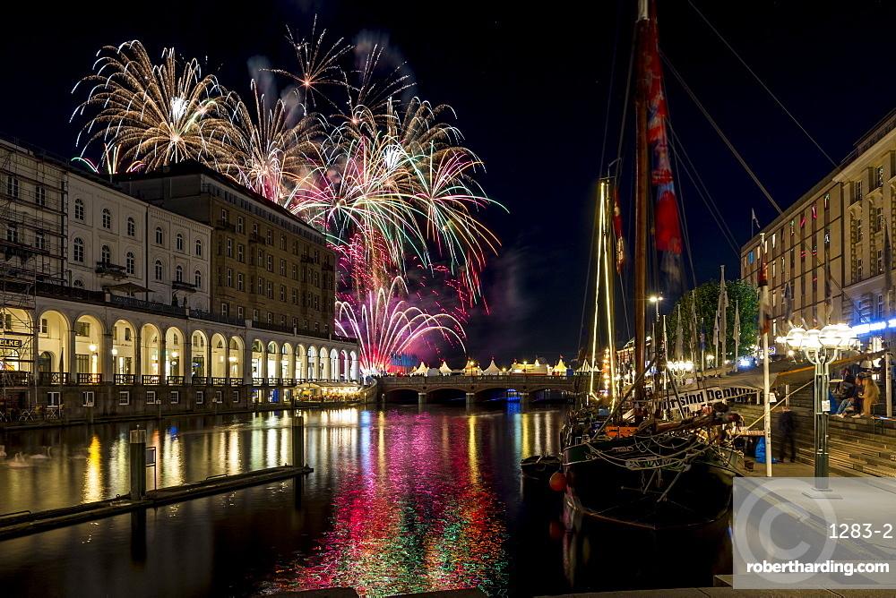 Fireworks during the Alstervergnuegen street fair in Hamburg, Germany, Europe