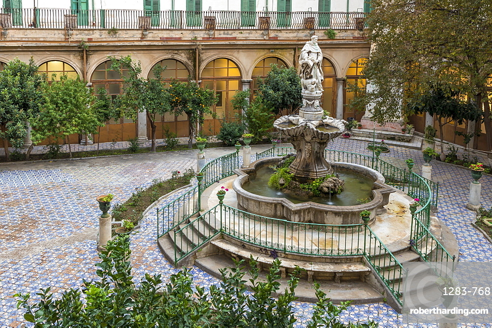 Fountain in the inner courtyard of the Santa Caterina d'Alessandria Church, Palermo, Sicily, Italy, Europe