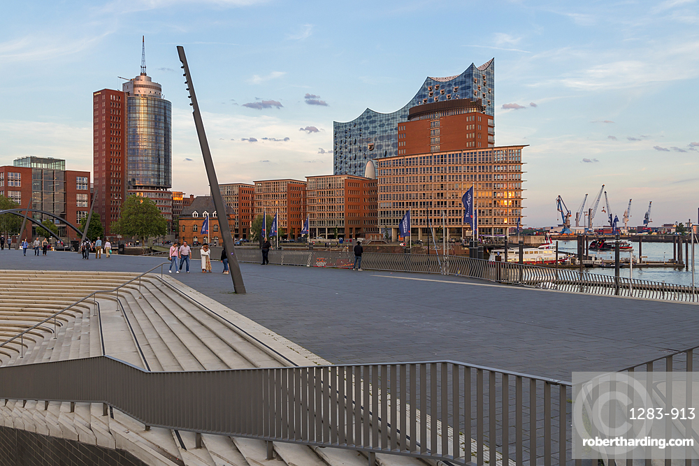 Elbphilharmonie building seen from the Elbpromenade walkway, Hamburg, Germany, Europe