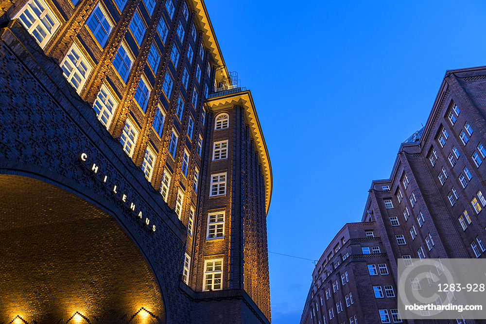 Chilehaus and Messberghof, both part of the Kontorhaus District, at dusk, UNESCO World Heritage Site, Hamburg, Germany, Europe
