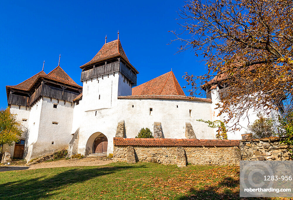 Fortified church and fortress of Viscri, UNESCO World Heritage Site, Transylvania, Romania, Europe