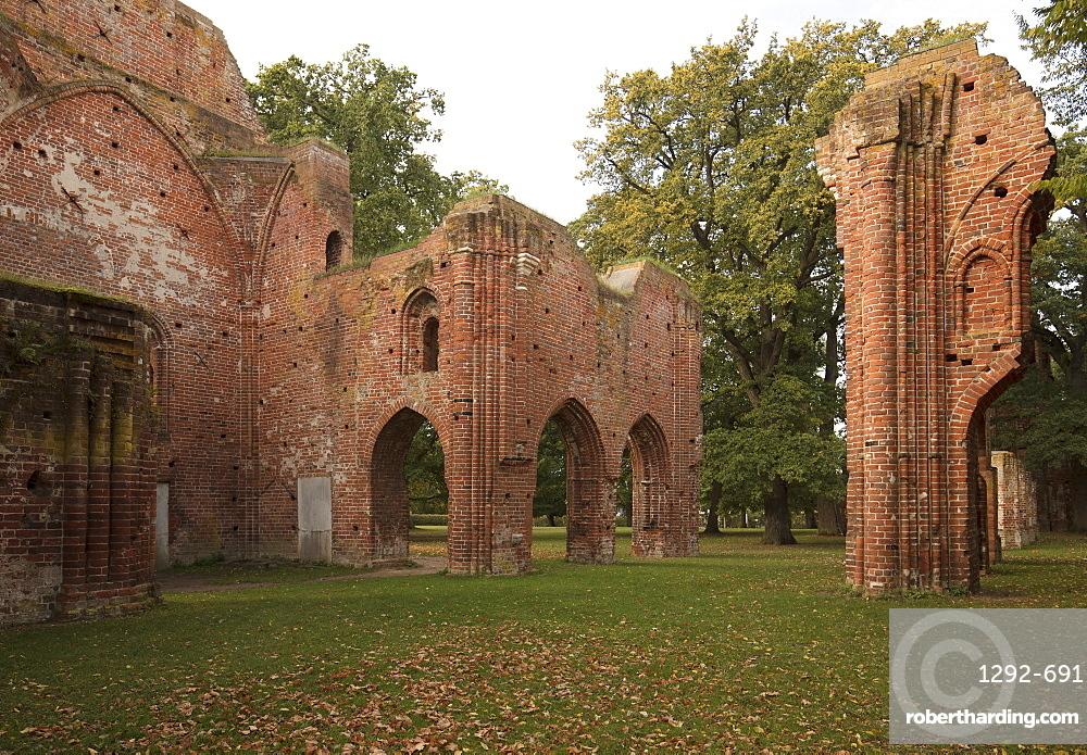 Eldena Abbey, Village of Wieck, Greifswald, Mecklenburg-Vorpommern, Germany, Europe