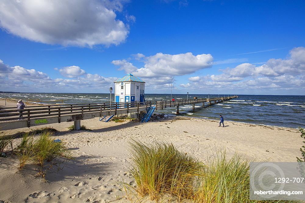 Seaside resort of Lubmin, Mecklenburg-Vorpommern, Germany, Europe