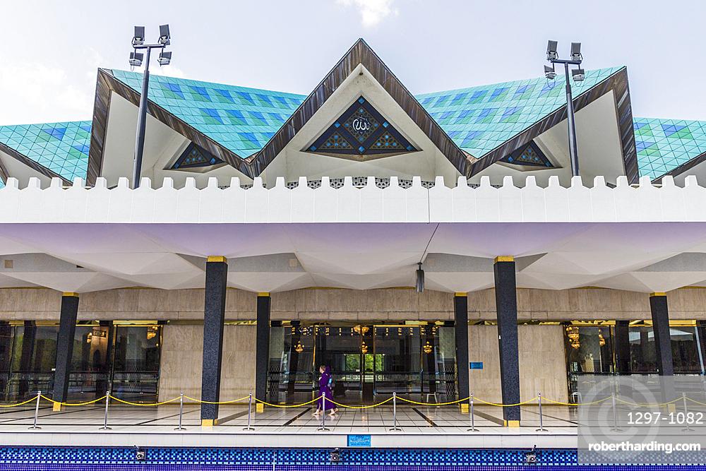 The National Mosque of Malaysia in Kuala Lumpur, Malaysia, Southeast Asia, Asia