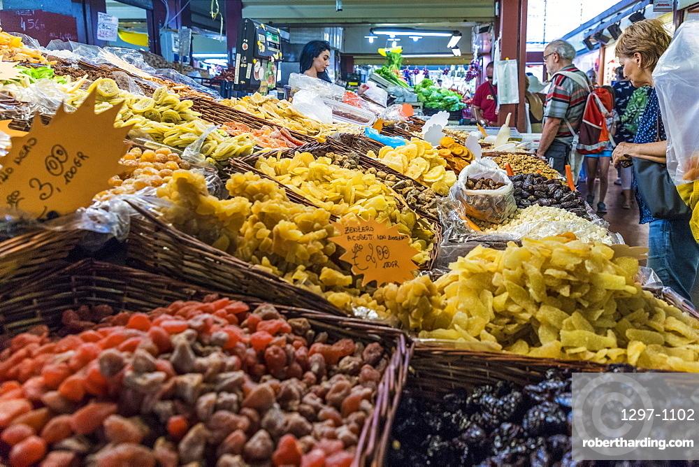 The Friday market in Ventimiglia, Liguria, Italy, Europe