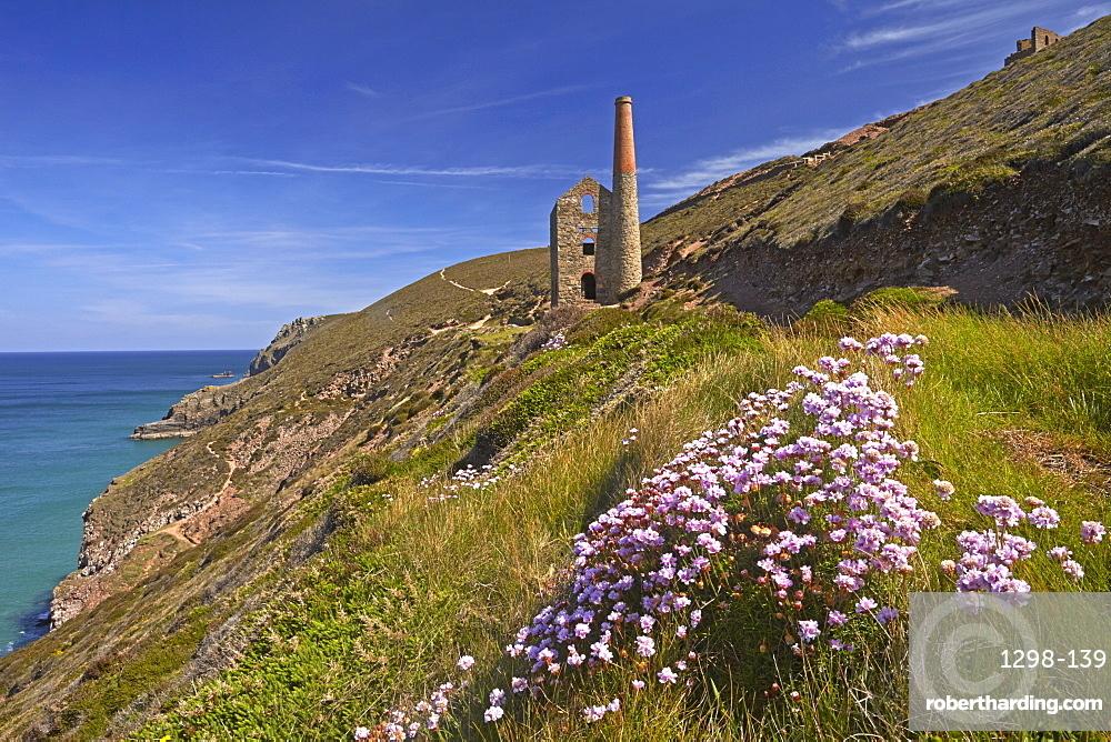 Wheal Coates tin mine and engine house near St. Agnes, UNESCO World Heritage Site, Cornwall, England, United Kingdom, Europe