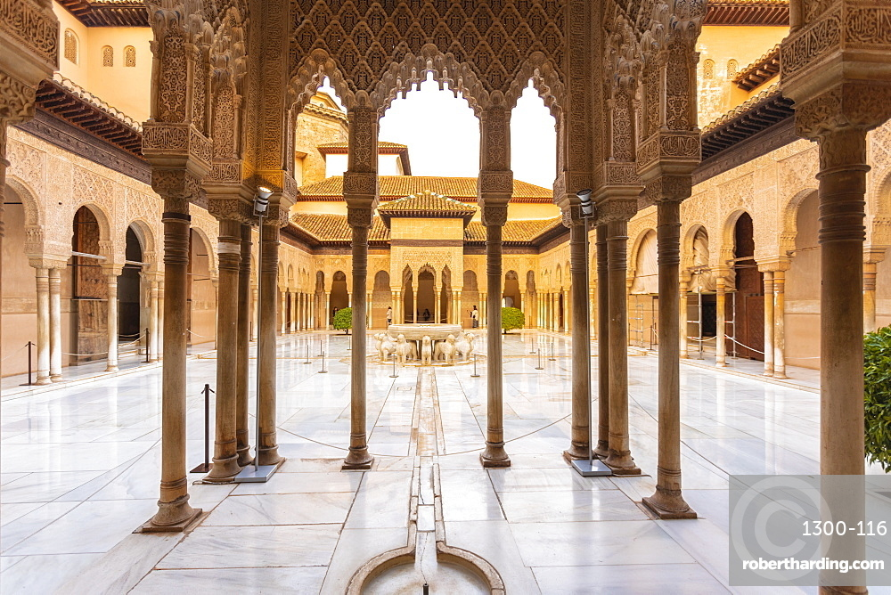 Court of the Lions, Alhambra, UNESCO World Heritage Site, Granada, Andalucia, Spain, Europe