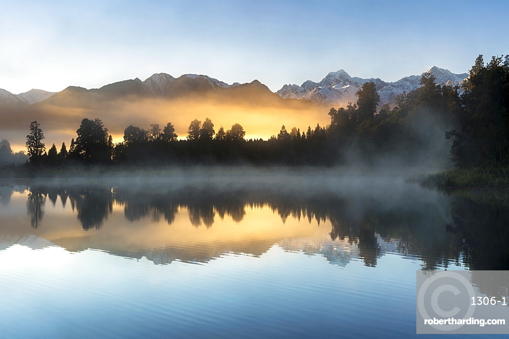 Lake Matheson at sunrise, Otago, South Island, New Zealand, Pacific
