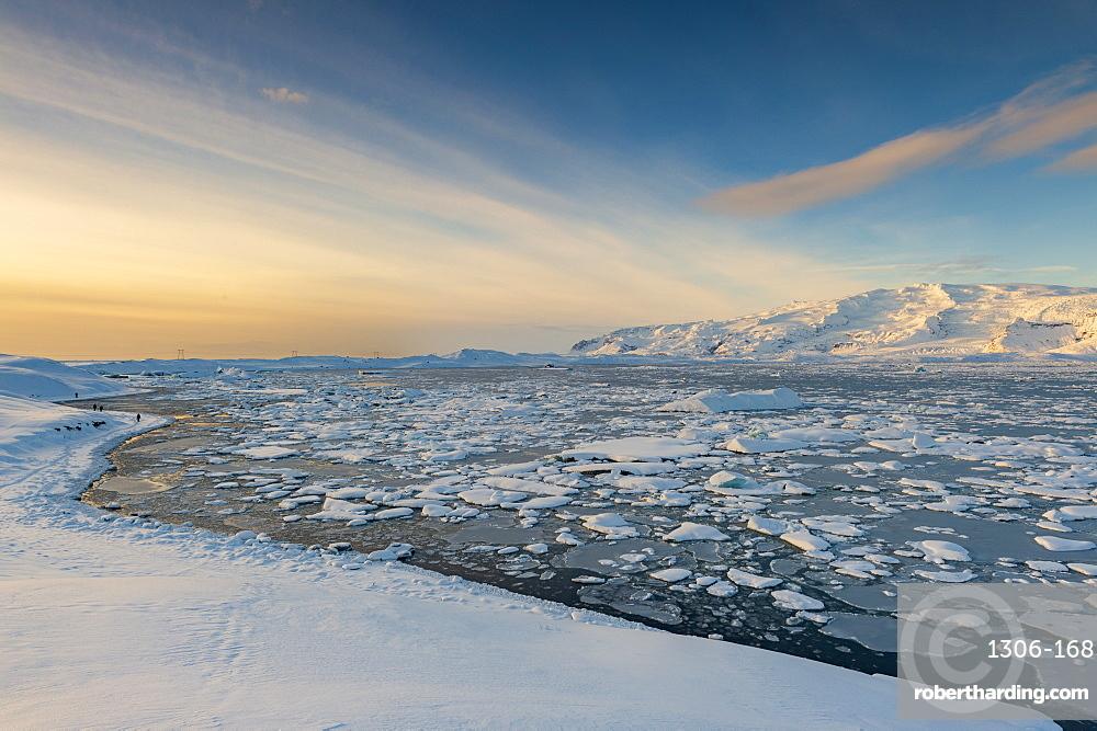 Winter view of Jokulsarlon lagoon, Jokulsarlon, South Iceland, Polar Regions