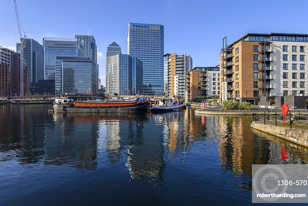 Reflections of Canary Wharf and Docklands, London, England, United Kingdom, Europe
