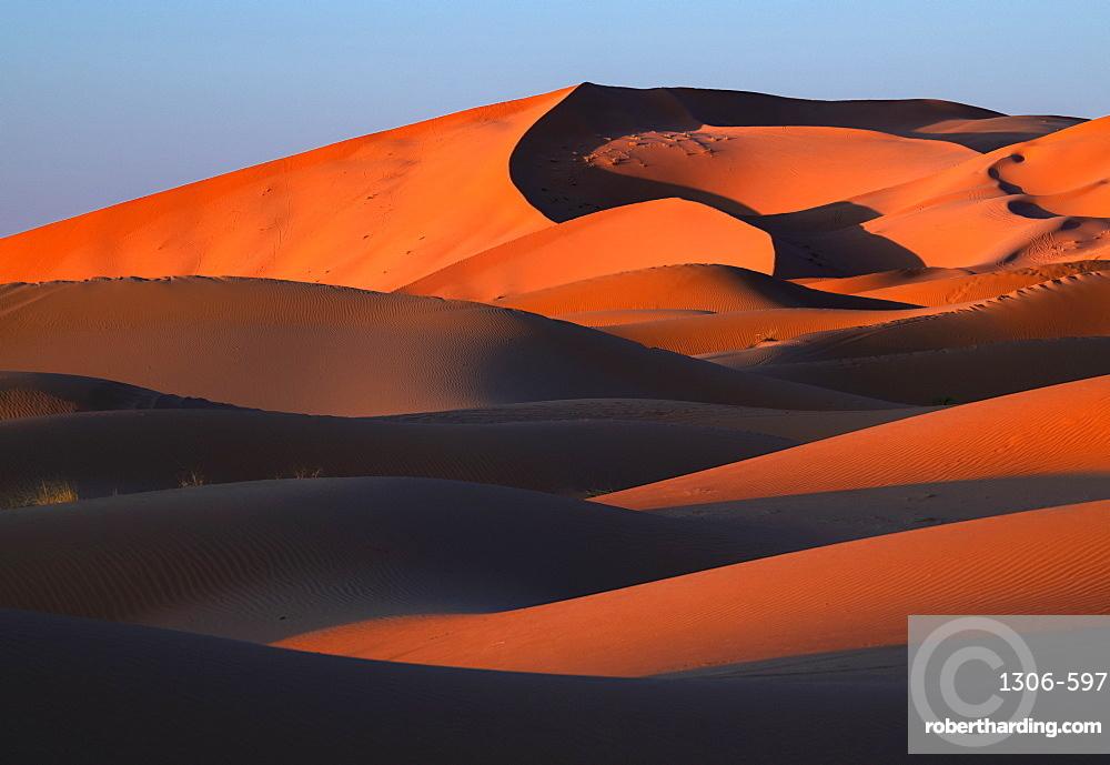 Sand dunes in the Sahara Desert, Morocco, North Africa, Africa