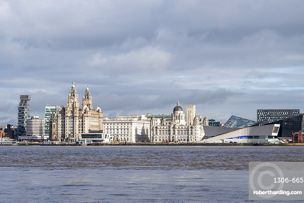The Liver Buildings, Three Graces and Liverpool Museum, UNESCO World Heritage Site, Liverpool, Merseyside, England, United Kingdom, Europe