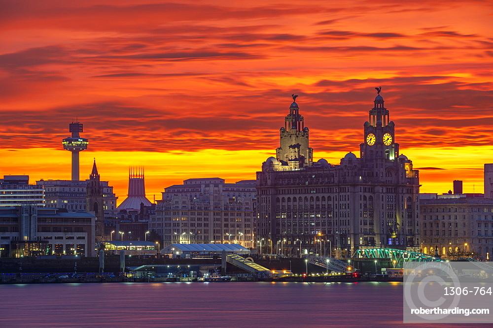 Liverpool Waterfront at sunrise with amazing sky, Liverpool, Merseyside, England, United Kingdom, Europe