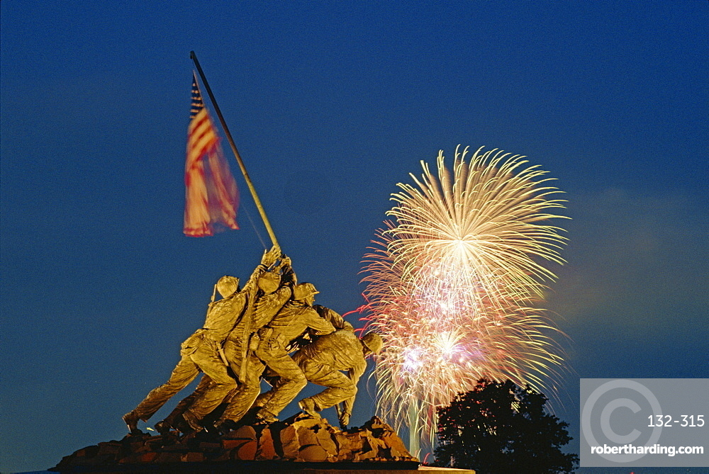 Fireworks over the Iwo Jima Memorial for the 4th of July Independence Day celebrations, Arlington, Virginia, United States of America, North America