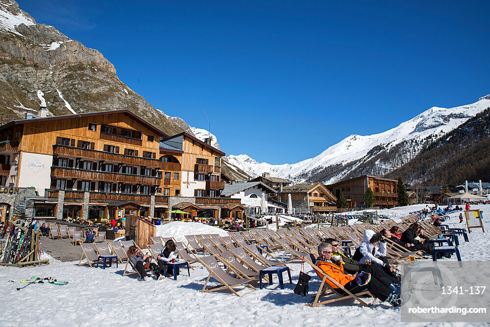 Hotels, bars and restaurants, Val D'Isere, Savoie, French Alps, France, Europe
