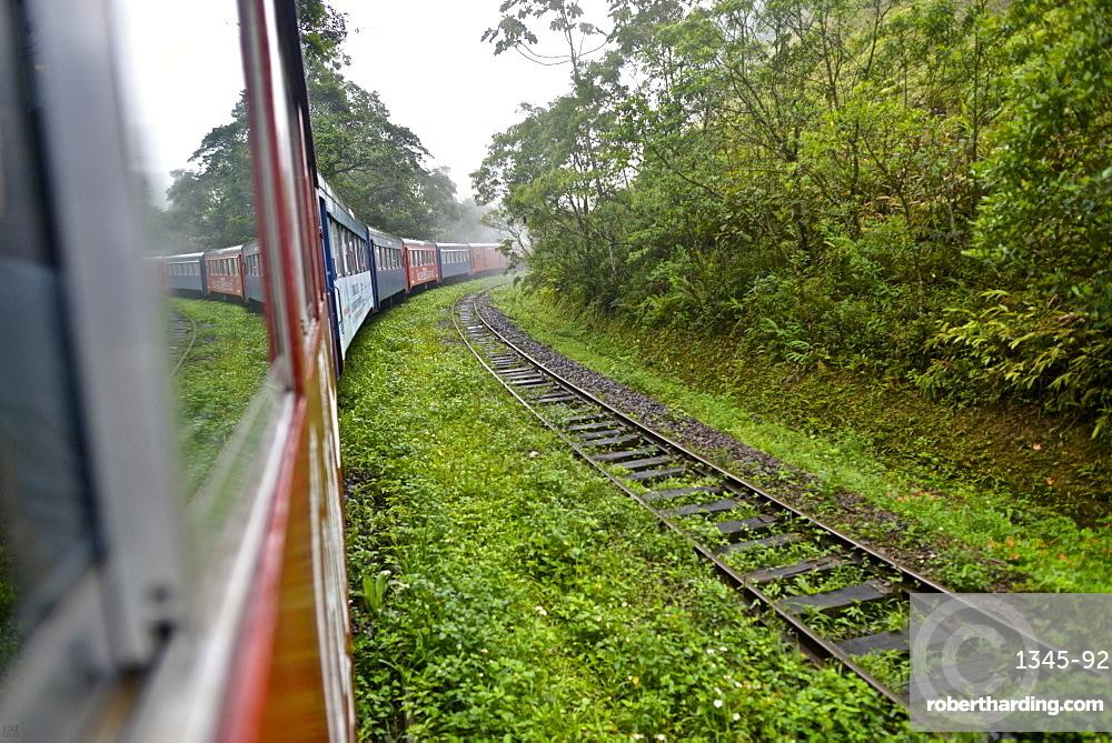 Serra Verde Express train from Curitiba, the touristic Paranagua-Curitiba Railway, Parana, Brazil