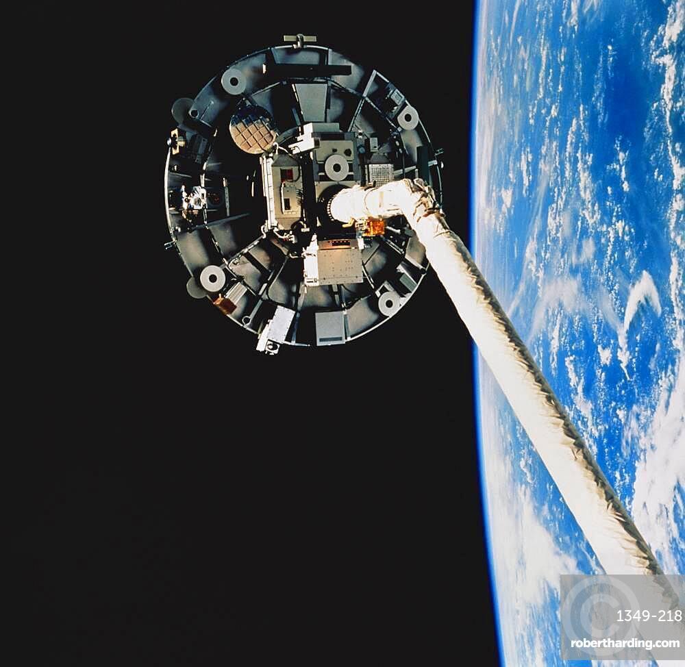 STS-69, Wake Shield Facility, 1995