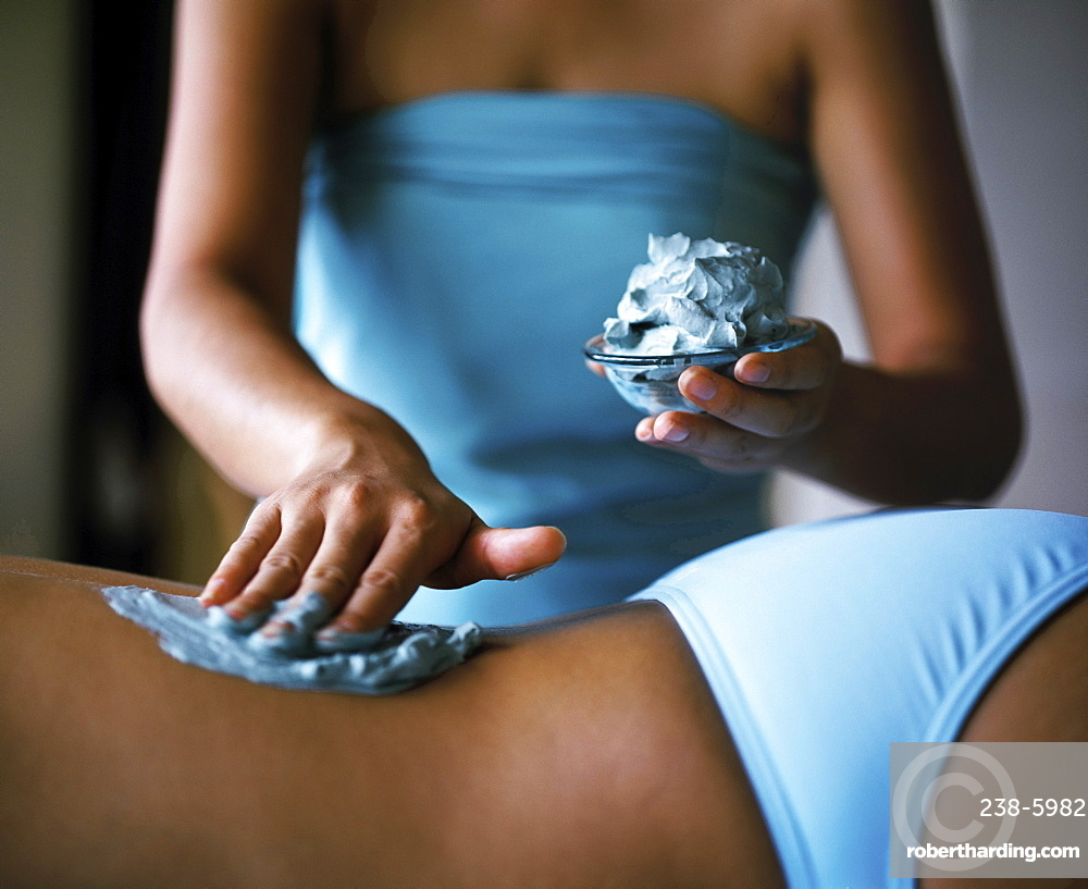 Girl having a marine salts treatment at the Thermes Marines , Ayana Resort and Spa, Bali, Indonesia, Southeast Asia, Asia