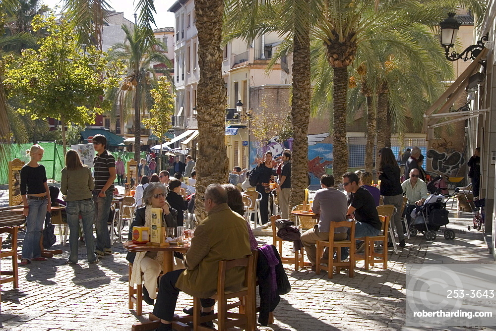 Outdoor cafe, Plaza Nueva, Granada, Andalucia, Spain, Europe