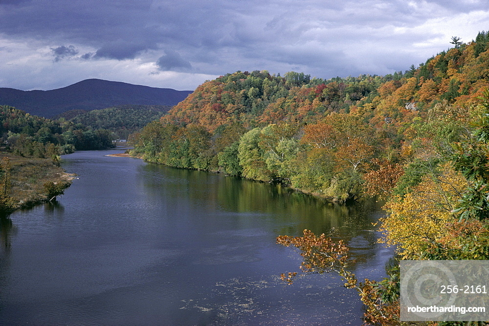 James River, Blue Ridge Parkway, Virginia, United States of America (U.S.A.), North America