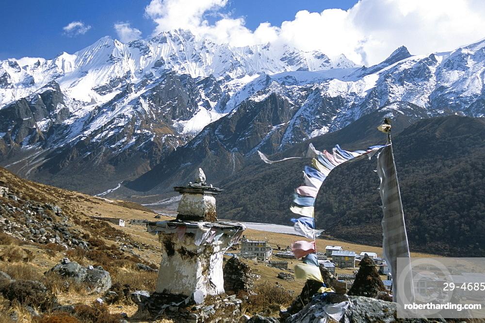 Prayer flags on Kyanjin Gompa, Langtang, Himalayas, Nepal, Asia