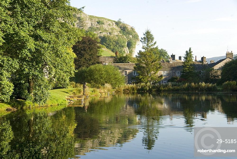 Kilnsey Crag, Wharfedale, Yorkshire Dales, Yorkshire, England, United Kingdom, Europe