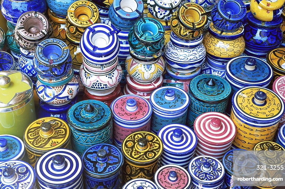 Ceramics for sale in the souk in the Medina, Marrakesh (Marrakech), Morocco, North Africa, Africa