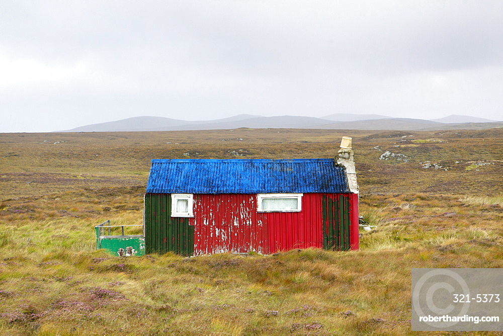 Shieling, a building once used as temporary summer accommodation by farmers while grazing their livestock on common land, off the Pentland Road, near Carloway, Isle of Lewis, Outer Hebrides, Scotland